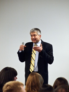 Hitendra Patel, Ph.D. Managing Director of the IXL Center, Professor of Innovation & Growth, Hult IBS