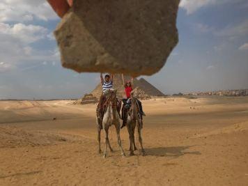 Egypt_HoldingRock